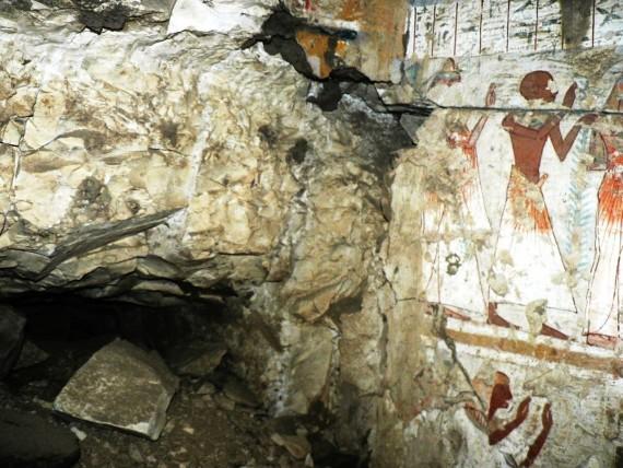 A keleti falon talált járat