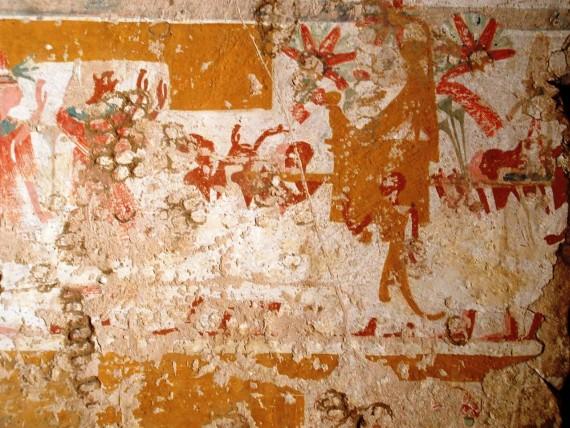 A megistenült Első Amenhotep fáraó sólyom alakban fején napkoronggal és Jahmesz Nefertari