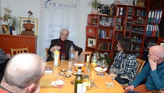 Czeizel Endre előadása a PR Herald péntek esti Médiaműhelyében - Fekete Attila FATTILA fotográfiája