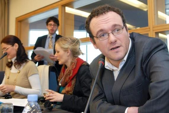 Az ifjúsági intergroup a francia Damien Abad Néppárti politikus elnökletével