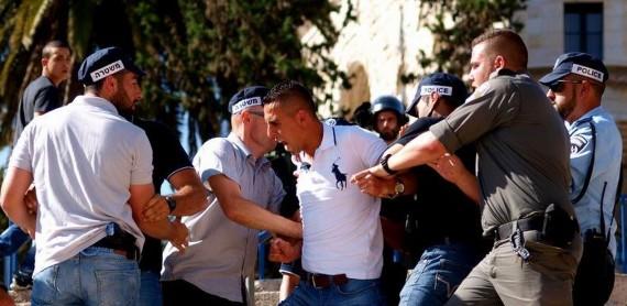 """A palesztinok a """"Zászlók menete"""" idején nem tartózkodhatnak a Damaszkusz kapunál."""