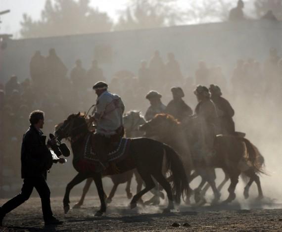 A kabuli filmforgatás egyik mozgalmas pillanata